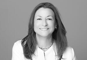 Jeanne Bliss - chief customer officer