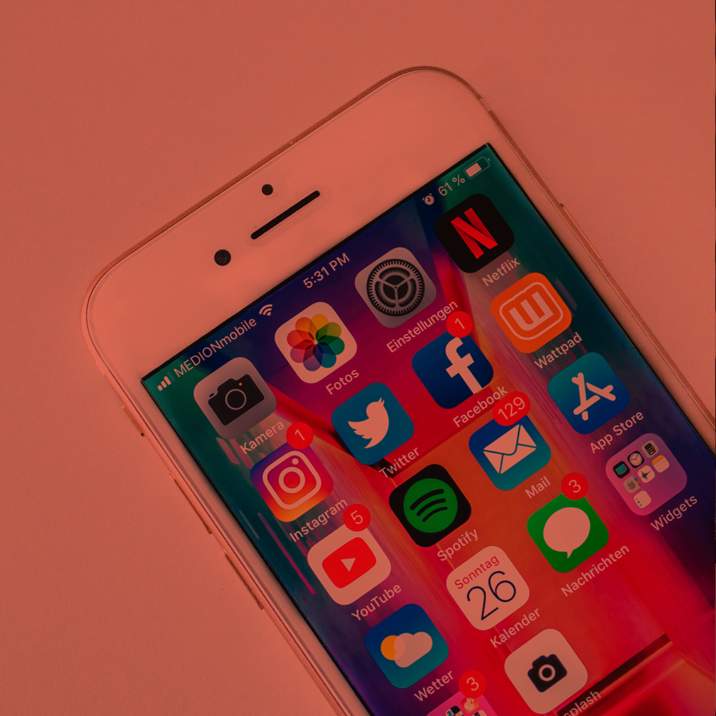 Using Social Media to Recruit Members